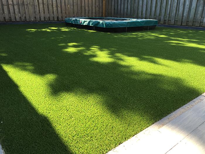 Kunstgras trampoline